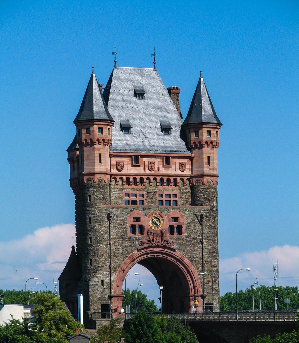 Trier Nibelungenturm (Bild: Der Weg)