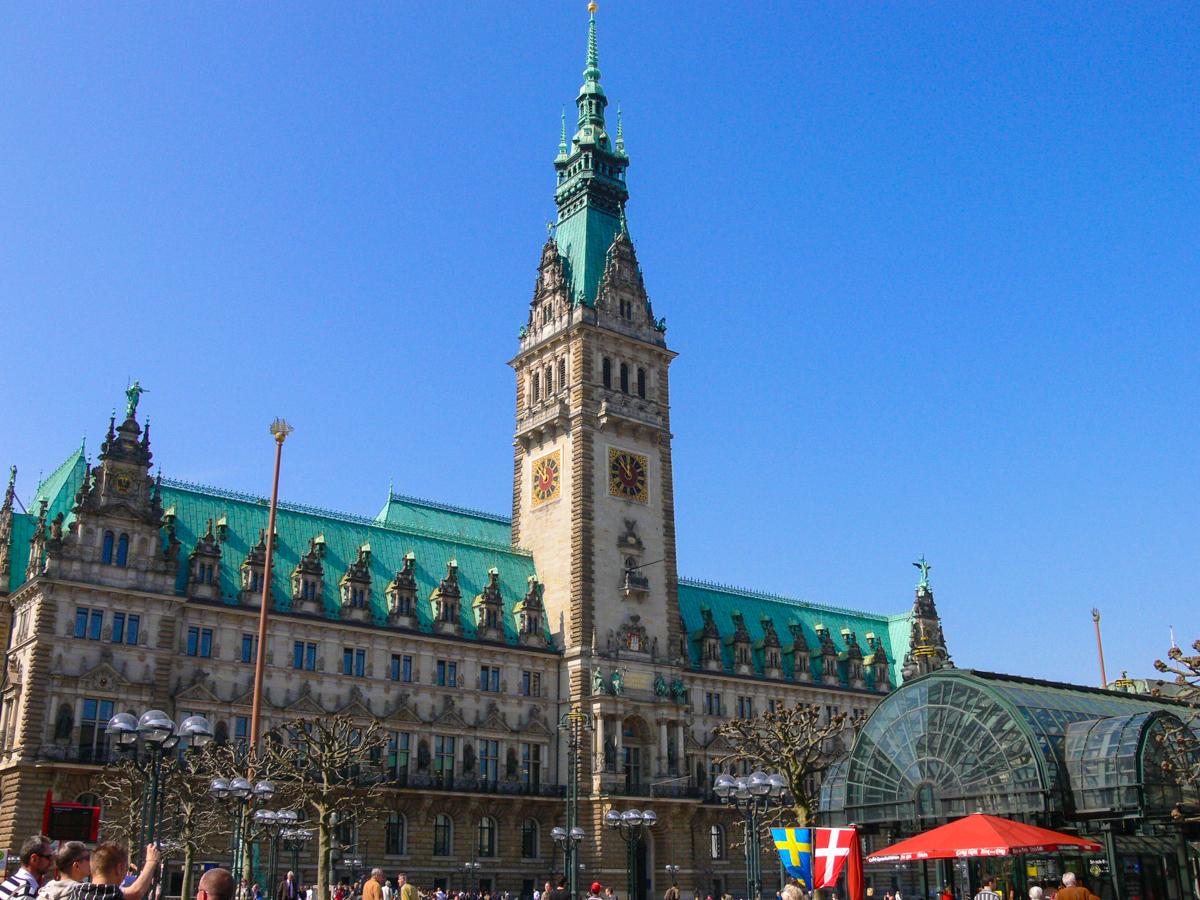 Rathaus Hamburg (Bild: Der Weg)